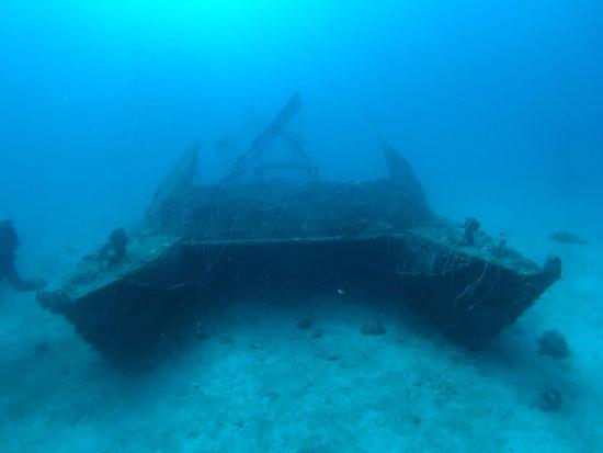 islatortugadivers.com-koh-tao-catamaran-wreck-in-tanote
