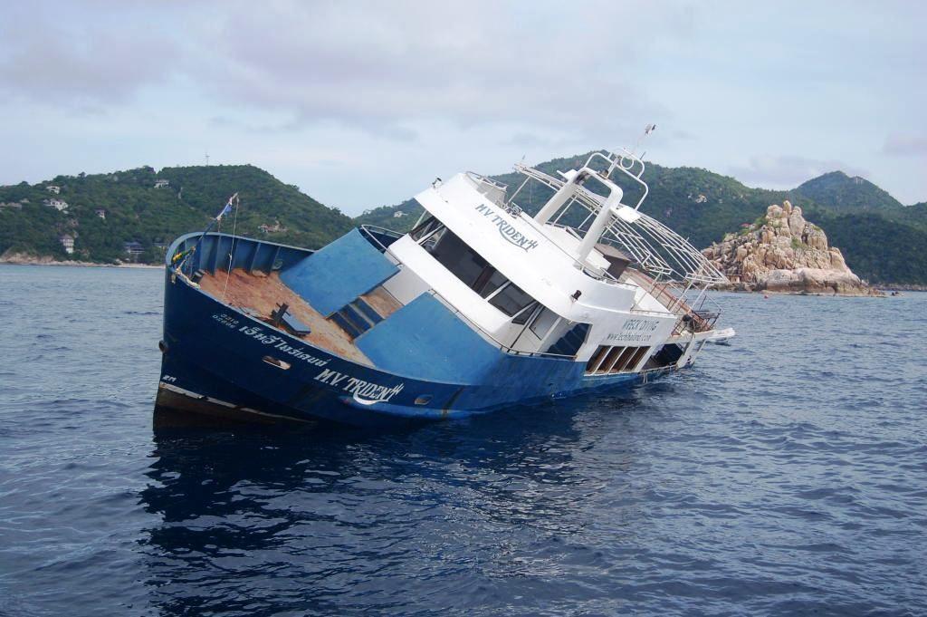 islatortugadivers.com-koh-tao-trident-wreck-diving