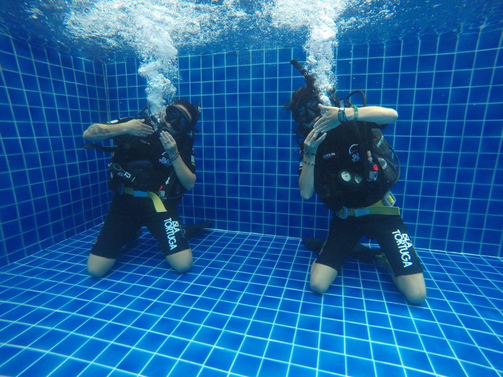 islatortugadivers.com-koh-tao-isla-tortuga-divers-talleres-divemaster-blog