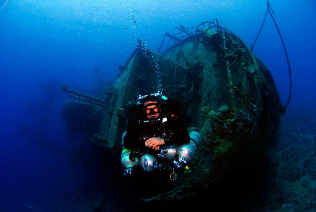 www.islatortugadivers.com-isla-tortuga-divers-koh-tao-wreck-diving-cedar-pride-loco