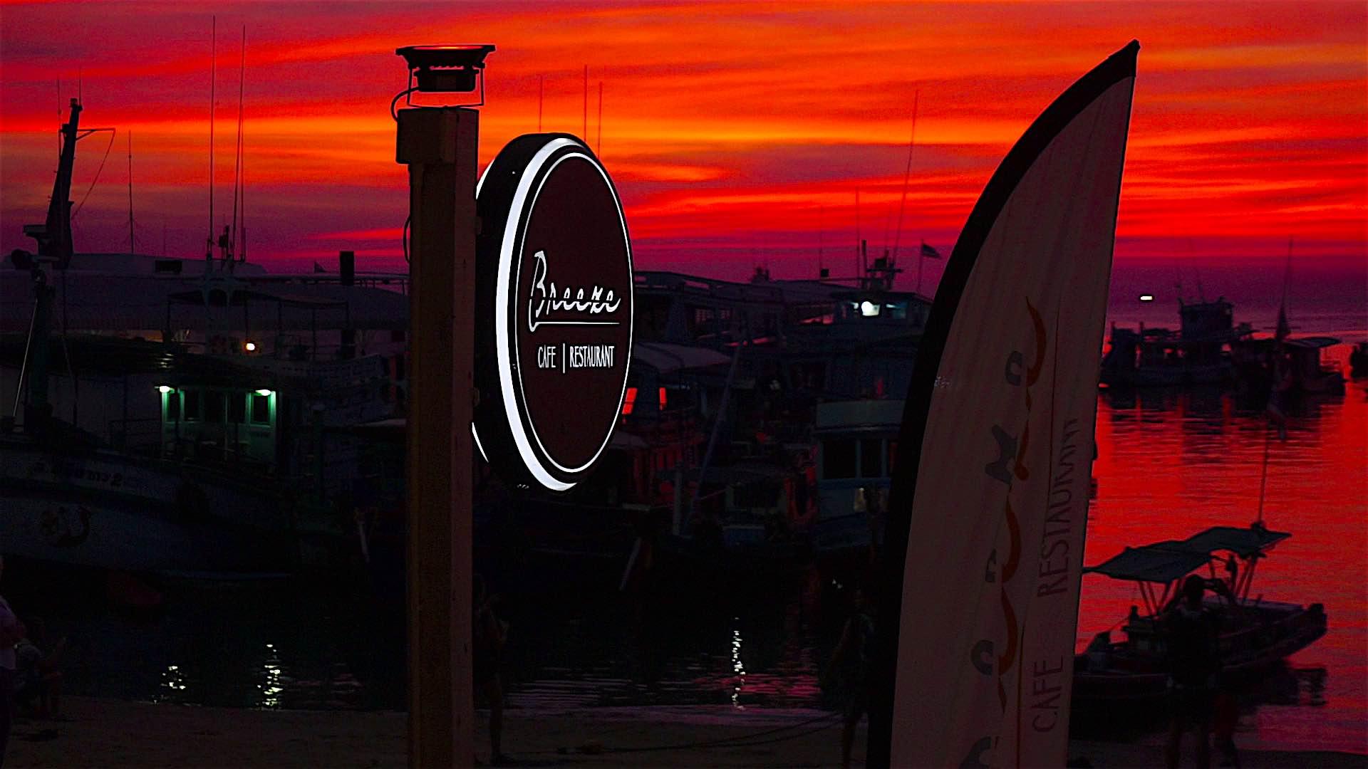 islatortugadivers.com koh tao restaurants breeze