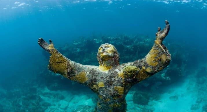 islatortugadivers.com koh tao estatua de rio